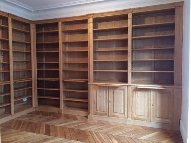 importante biblioth que d 39 angle. Black Bedroom Furniture Sets. Home Design Ideas