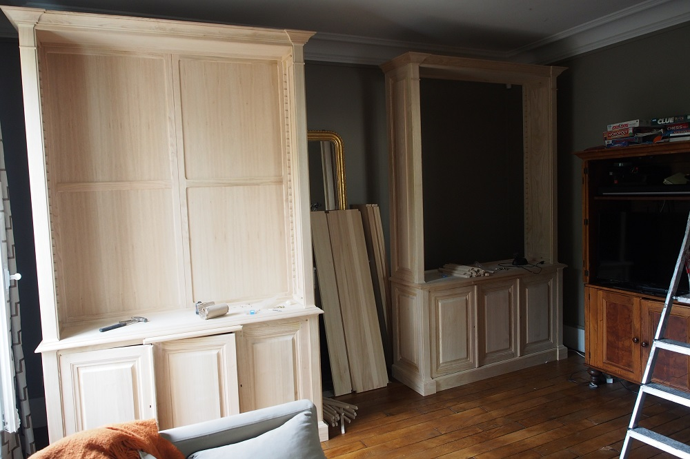 paire de grandes biblioth ques de parquet en ch taignier brut. Black Bedroom Furniture Sets. Home Design Ideas