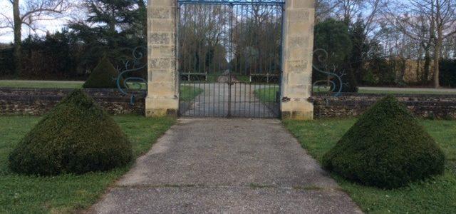 Réalisation de bibliothèques et boiseries en Vendée