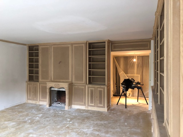 Bibliothèques et cheminée sur mesure
