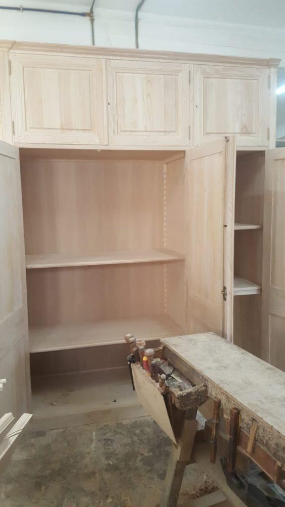 Fabrication des meubles et boiseries en atelier