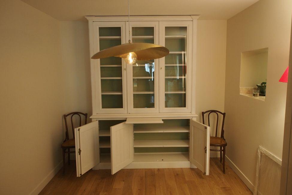 vaisselier-directoire-appartement-versailles-ouvert